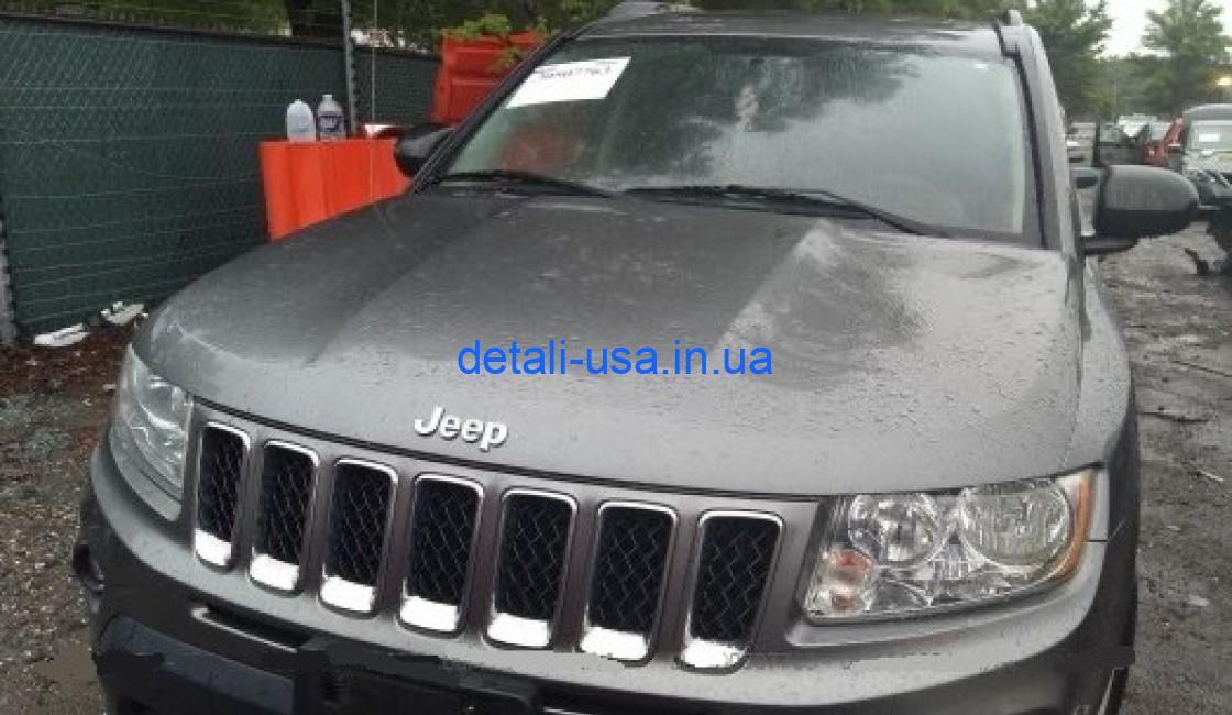 Серый Jeep Compass 2014